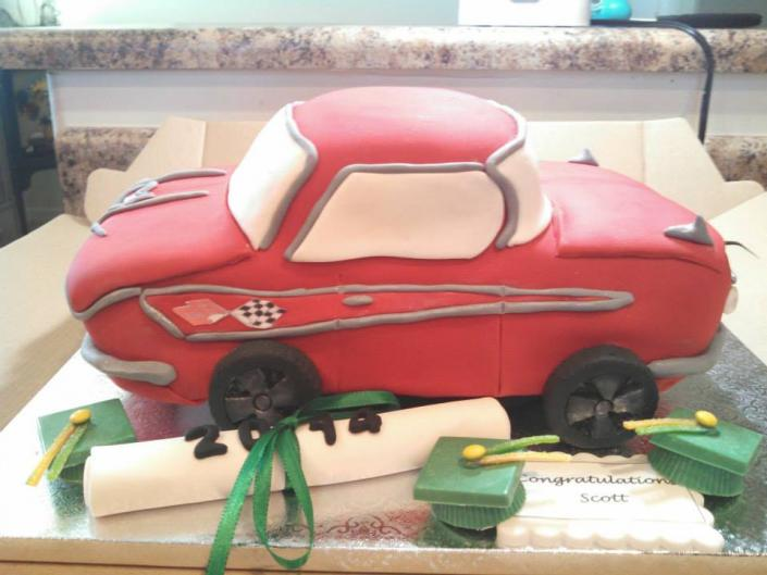 This cute car cake is sure to make little boys and big boys happy.